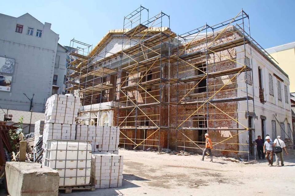Стало известно, когда закончится грандиозное строительство в центре города (фото)