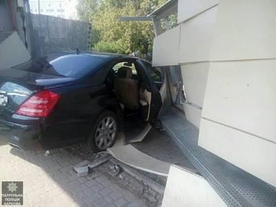 Жуткая авария произошла в Харькове (фото)
