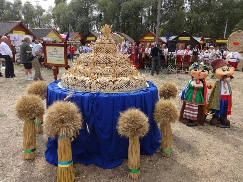 Харьковчане поразили гостей и старожилов Сорочинской ярмарки (фото, видео)