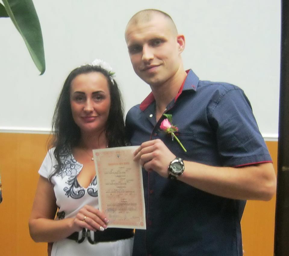В Харькове преступник женился на своей жертве (фото)