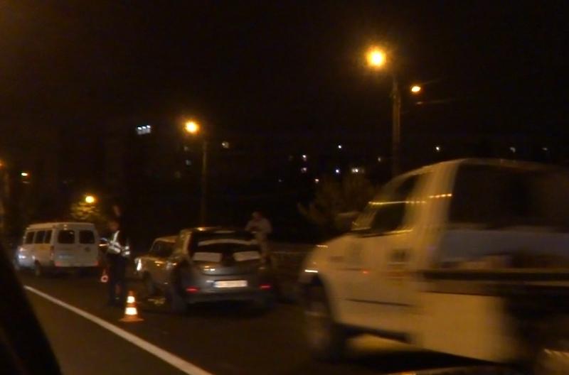 Дождь добавил харьковчанам хлопот на дорогах (фото, видео)
