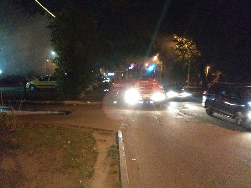 В Харькове уничтожают иномарки (фото, видео)