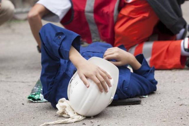 Под Харьковом мужчина разбил голову посреди рабочего дня