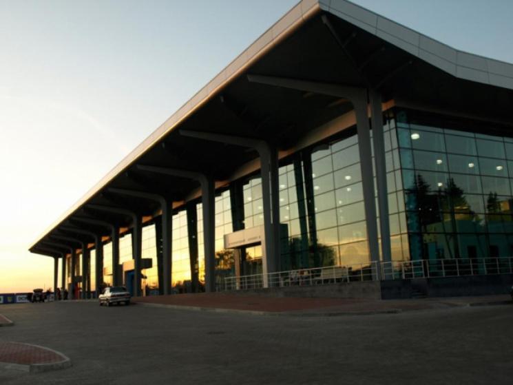Стало известно, что будет с Харьковским аэропортом