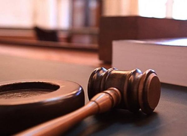 Суд по делу Кернеса: мэр не смог приехать в Полтаву