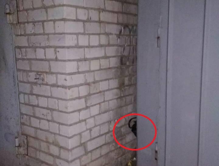 В Харькове странный незнакомец оставил женщине огромную сумму денег
