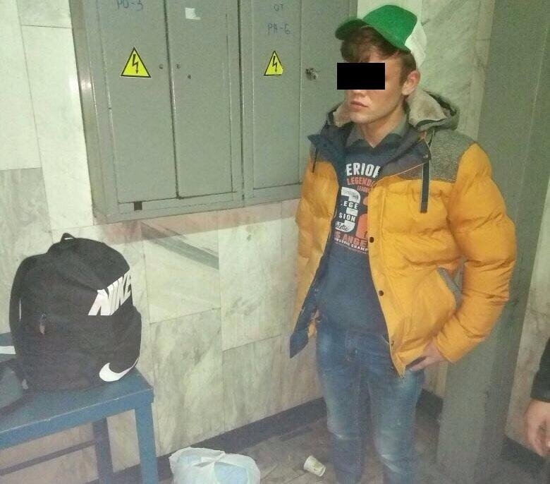 Подросток влип в неприятную историю на Южном вокзале (фото)