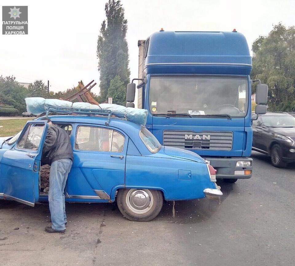 Авария в Харькове. Несколько человек травмированы (фото)
