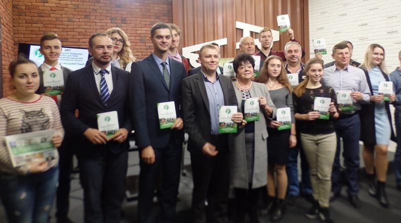 Школьники Харьковщины выдвинули депутатам жизненно важные требования (фото, видео)