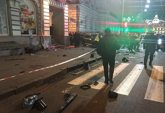 Городская власть поможет в лечении пострадавших в аварии на улице Сумской