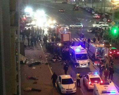 Жуткое происшествие в Харькове. Первые минуты после аварии (видео 18+)