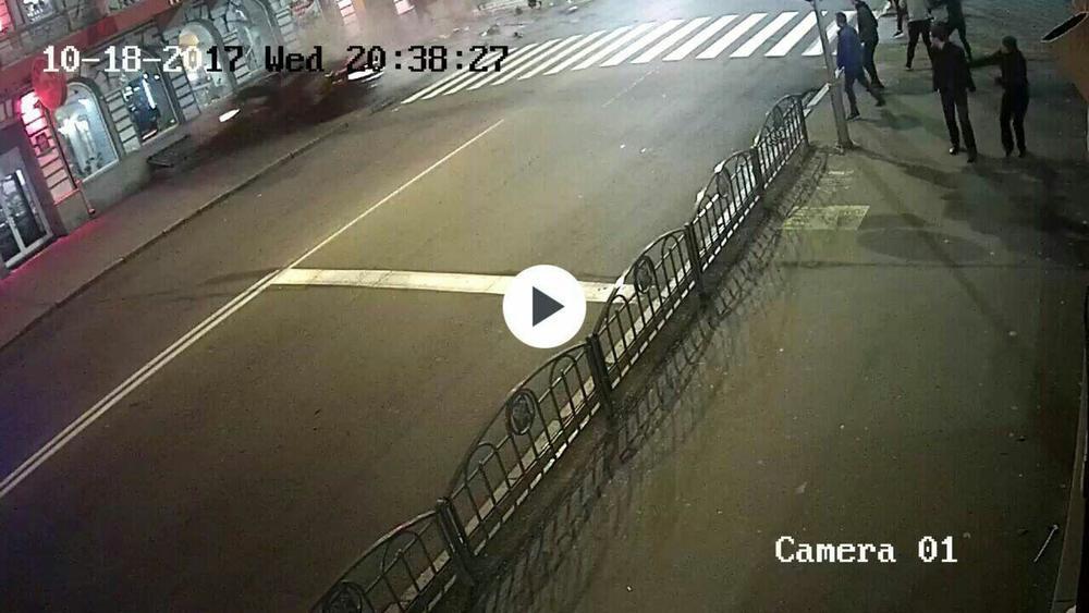 Опубликовано видео момента столкновения в Харькове, после которого погибли пять человек