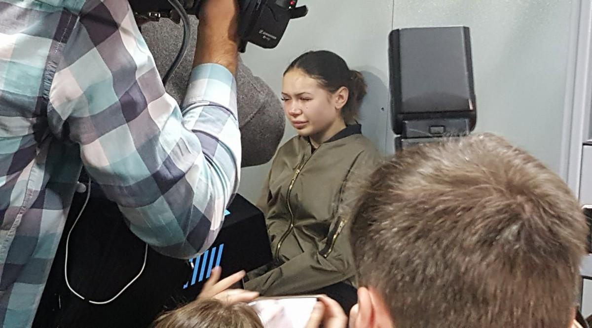 Водительница Лексуса, который убил пятерых харьковчан, в суде обливалась слезами и отказалась признать вину