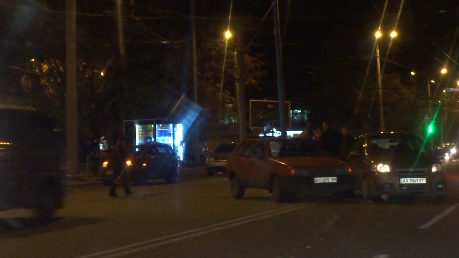 Для двух харьковских автолюбителей сбылись плохие приметы (фото, видео)