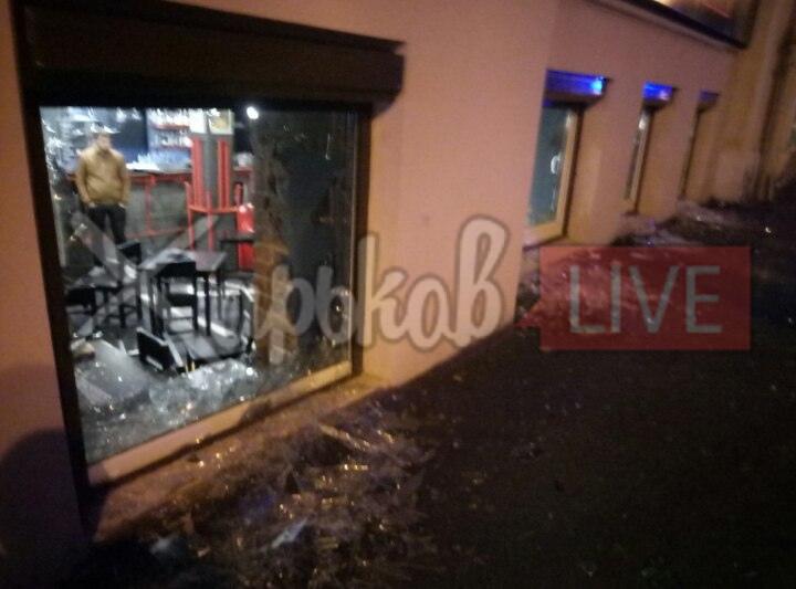 Массовая драка произошла в центре Харькова (видео)