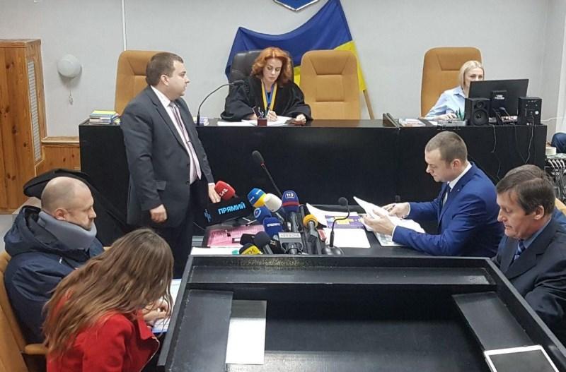 Защита Дронова потребовала заменить судью (дополнено)