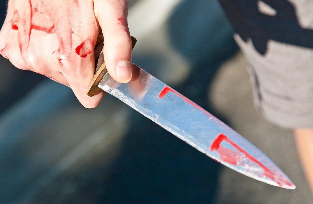 ЧП в Харькове. Молодого человека ранили прямо посреди улицы