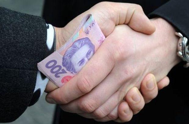Житель Харьковщины сильно рискнул ради нескольких сотен долларов (фото)