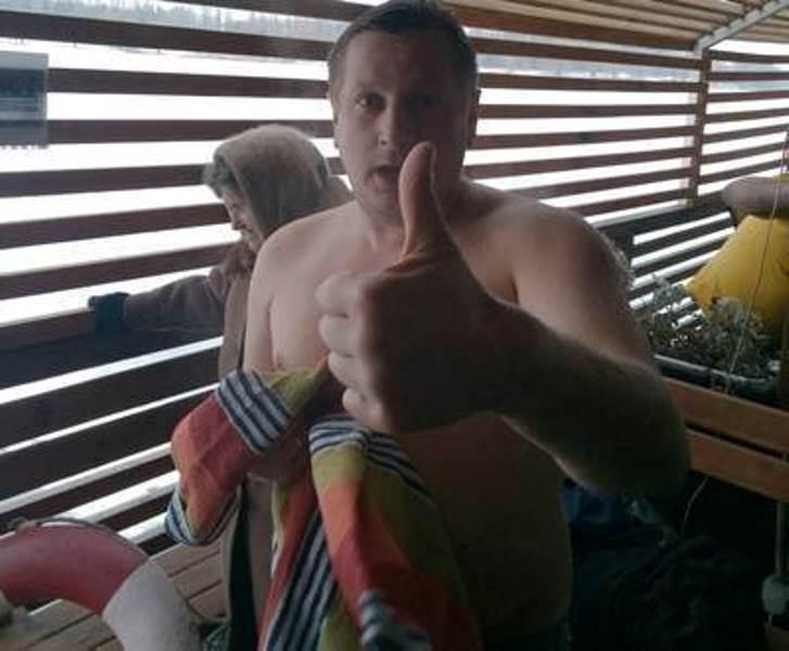 В Харькове смельчаки устроили встряску организму (фото, видео)