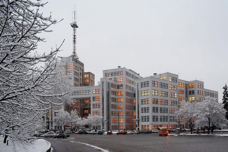 Харьков в XXI веке. 25 января – Госпром стал памятником