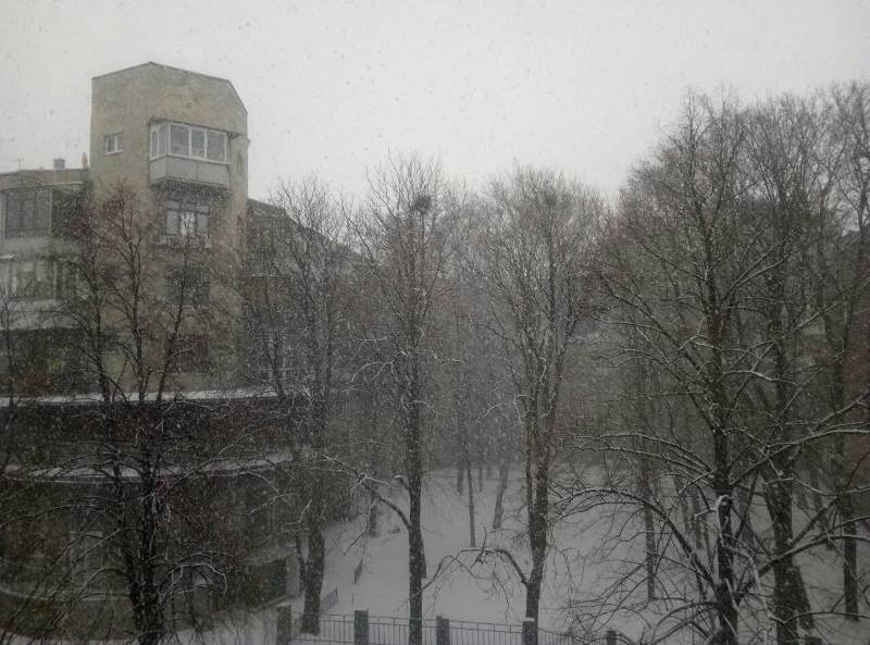 В Харькове разбушевался снегопад (фото, видео)