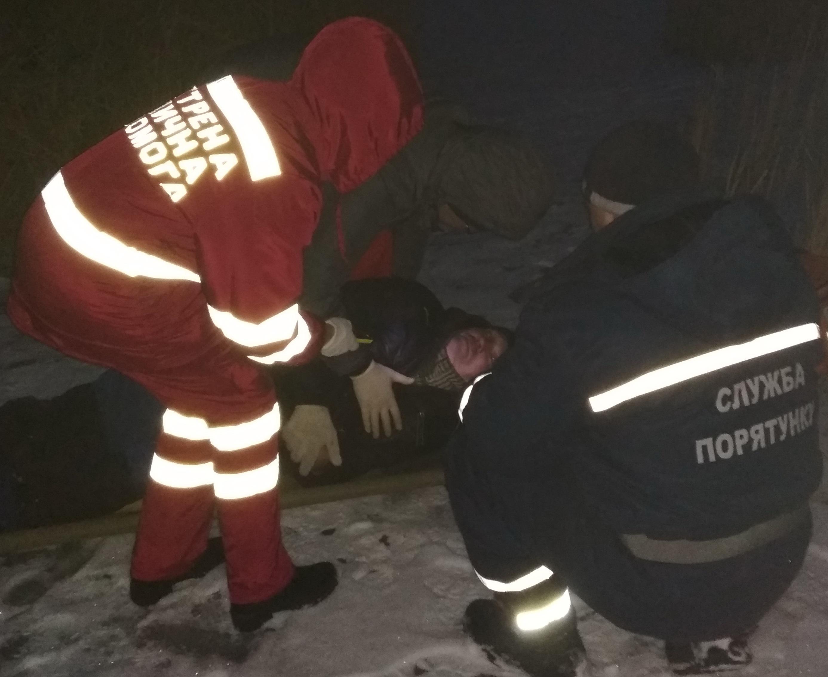 Происшествие на Харьковщине. Медикам пришлось вызывать помощь