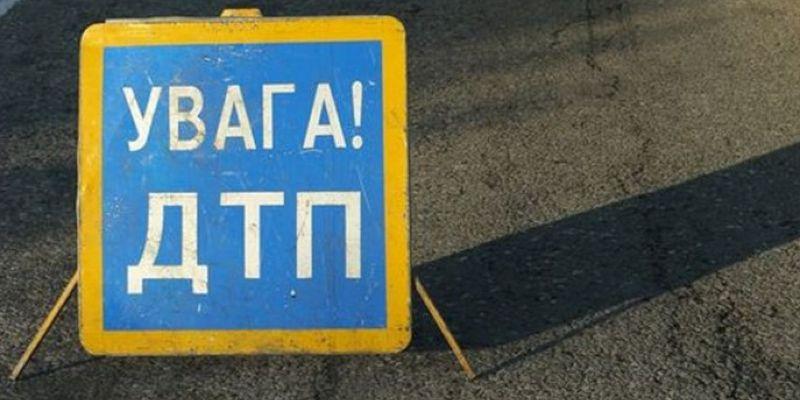 ДТП в Харькове. Молодой человек перелетел через автомобиль (видео)