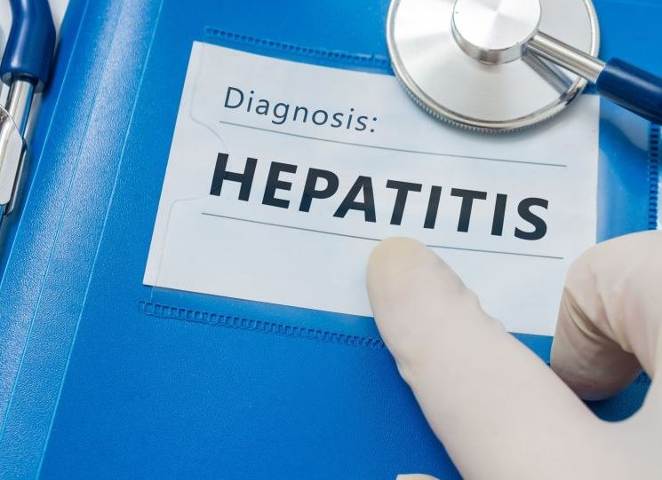 Вспышка опасного заболевания на Харьковщине: количество госпитализированных растет