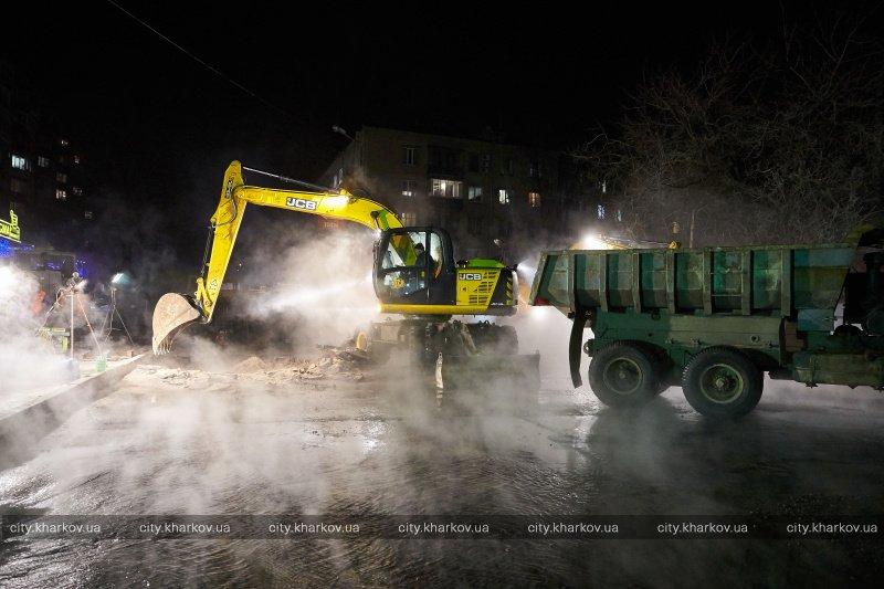 Дефект на теплотрассе в Харькове устранят через час