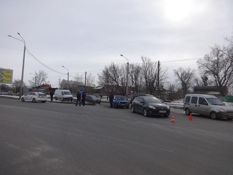Опасная развязка задержала харьковчан (фото)
