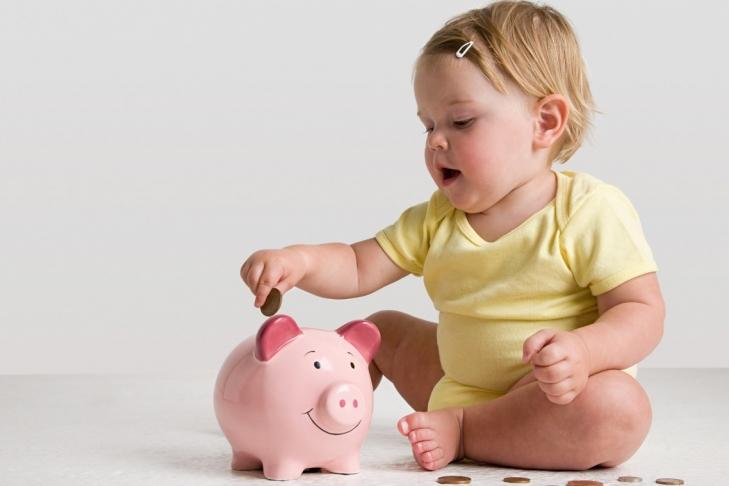 Выплаты на детей планируют увеличить
