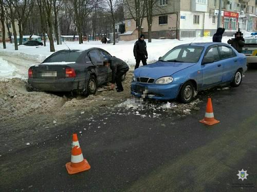 Опасные люди разъезжают по Харькову (фото)