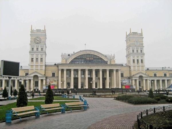 Женщина умерла на вокзале в Харькове