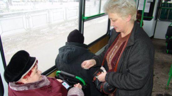 Харьковских льготников лишили права безлимитно пользоваться транспортом
