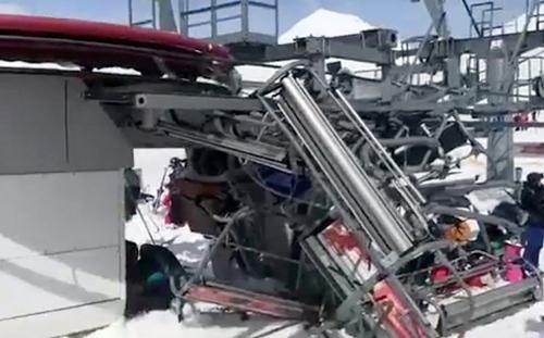 Харьковчанин, угодивший в ЧП на курорте в Грузии, поделился страшными кадрами (видео)