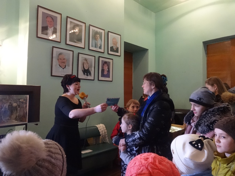 В Харькове счастливый именинник раздал все подарки гостям (фото, видео)