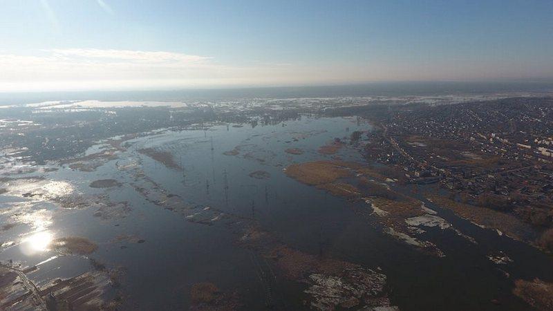 Самая большая река Харьковской области вышла из берегов (фото, видео)