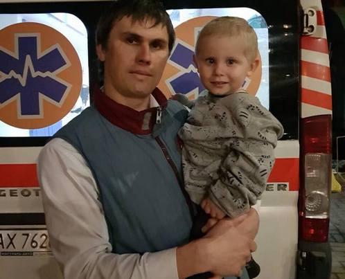 Харьковчанина, который спас ребенка из огня, наградили