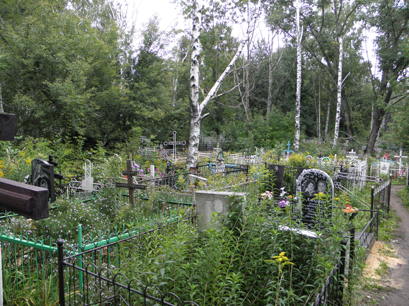 Проделки на кладбище дорого обойдутся жителю села на Харьковщине