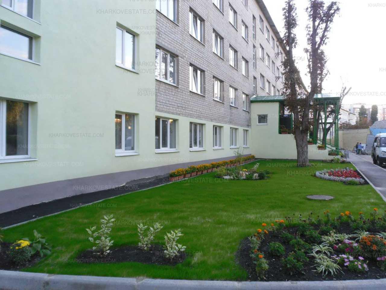 Харьковчане, купившие жилье у аферистов, пытаются отбить свою квартиру