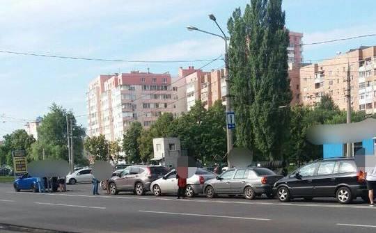 Большая авария в Харькове. Пассажирка иномарки в больнице