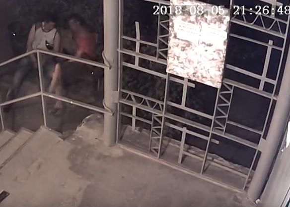 Отдых двух товарищей в Харькове внезапно обернулся серьезными неприятностями (видео)