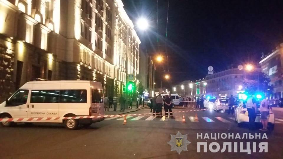 Стрельба у Харьковского горсовета. Охранник прикован к постели