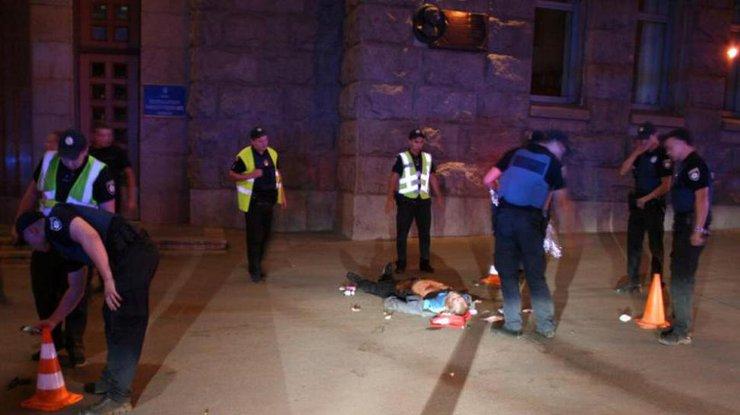 Убийство полицейского в Харькове: появилось видео, на котором зафиксированы все перипетии ночной трагедии