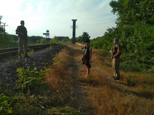 Любовная история развернулась на границе под Харьковом (фото)