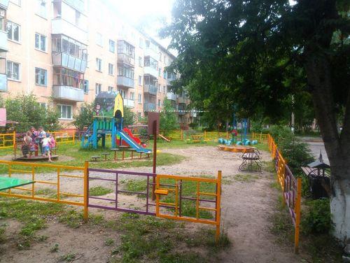 Отец двоих детей избил чужого ребенка в Харьковской области