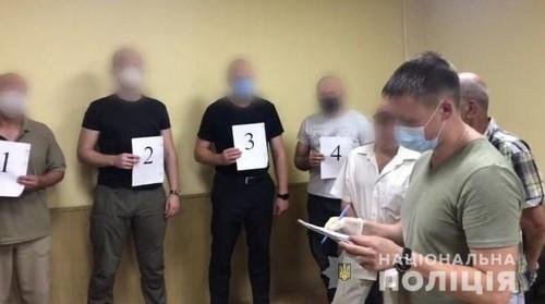 В Харькове женщину ранили в лифте: подробности (фото)