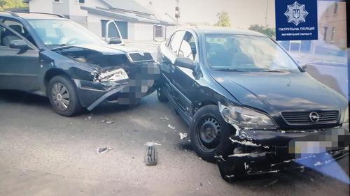 ДТП в Харькове: машины - разбиты, люди - в больнице