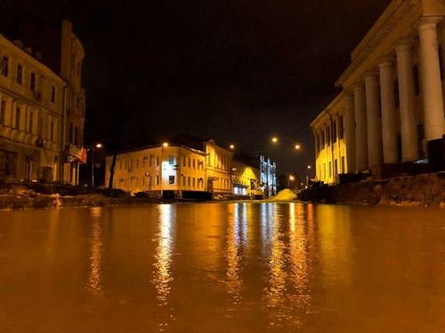 Кернес рассказал, куда обращаться пострадавшим от стихии в Харькове