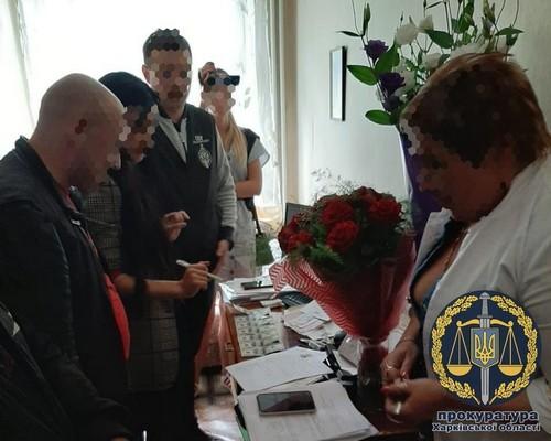 Врача, который «торговал» документами, задержали в Харькове (фото)